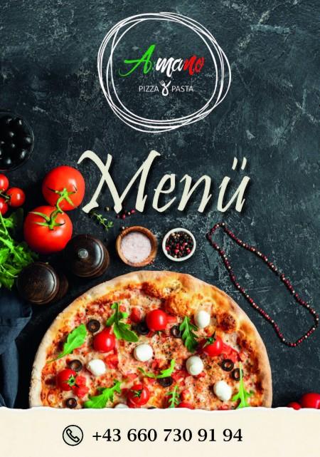 Titelseite Menü Amano. Oben befindet sich das Amano Logo und darunter ist eine Pizza, Tomaten, Salz und Pfeffer
